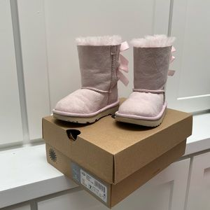 UGG T Bailey Bow II -Pink toddler 7